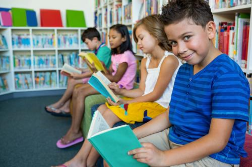 Как выучить с ребенком стих. Помогаем ребенку учить стихи: маленькие хитрости