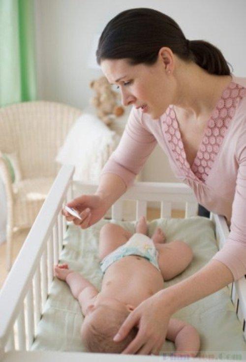 Как сбить температуру годовалому ребенку