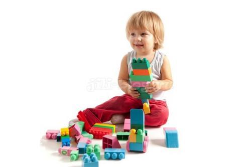 Чем занять ребенка в 1 года дома. Развивающие игры и занятия для детей 1,5 года — 1 год 9 месяцев (подробный план — конспект)
