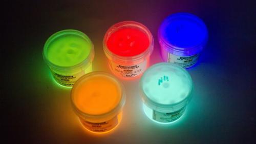 Как Сделать акриловую краску в домашних условиях. Краска своими руками