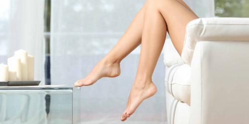 После эпиляции диодным лазером волосы выпадают через сколько. Как быстро тело становится гладким после процедуры, в зависимости от типа лазера?